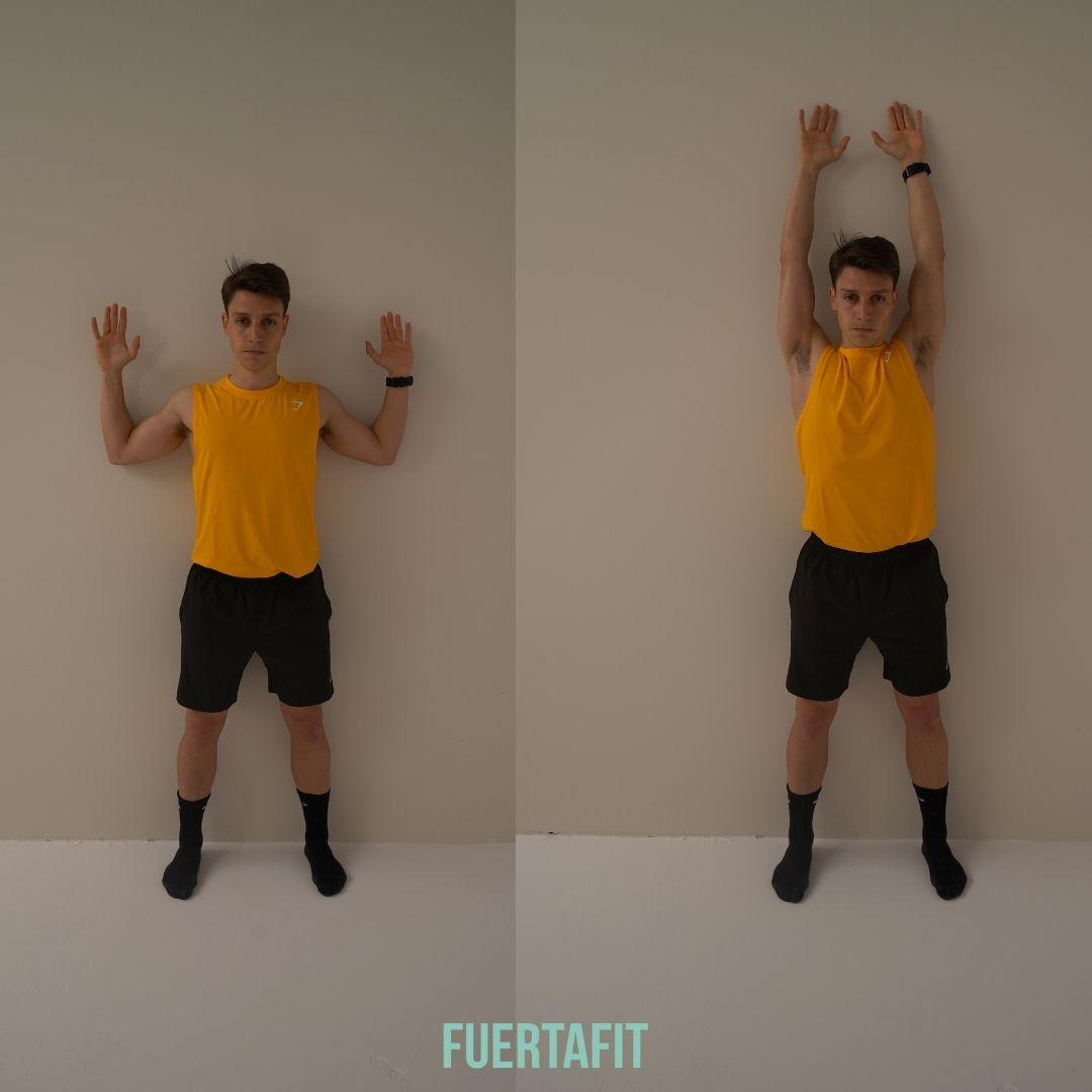 trabaja tus hombros con estos ejercicios de flexibilidad